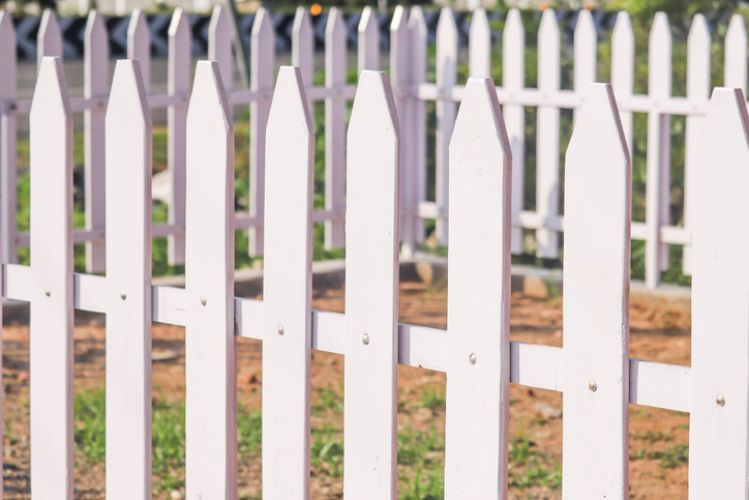 Wooden White Picket Fence At Townsville Carpenters